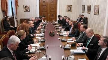 """България ще е домакин на Среща на върха на регионалната инициатива """"Три морета"""""""