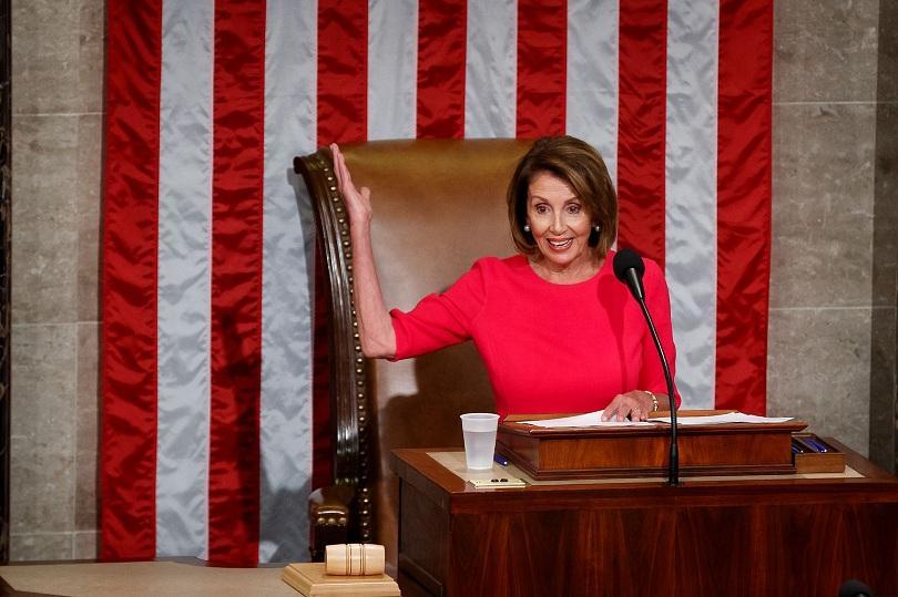 В САЩ Нанси Пелоси беше избрана за председател на Камарата
