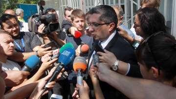 Регионалният министър Нанков на разпит заради трагедията край Своге