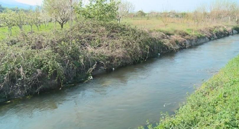 Стар напоителен канал край екарисажа в Пловдив от години е
