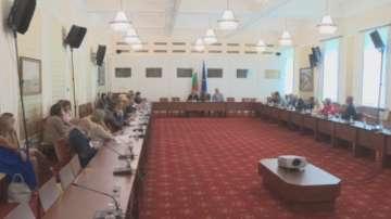 Министрите обсъдиха в НС приоритетите на българското европредседателство