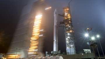 НАСА изстреля сондата ИнСайт, която ще изследва Марс