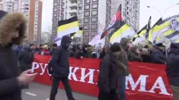 Десетки са задържани по време на националистическо шествие в Москва