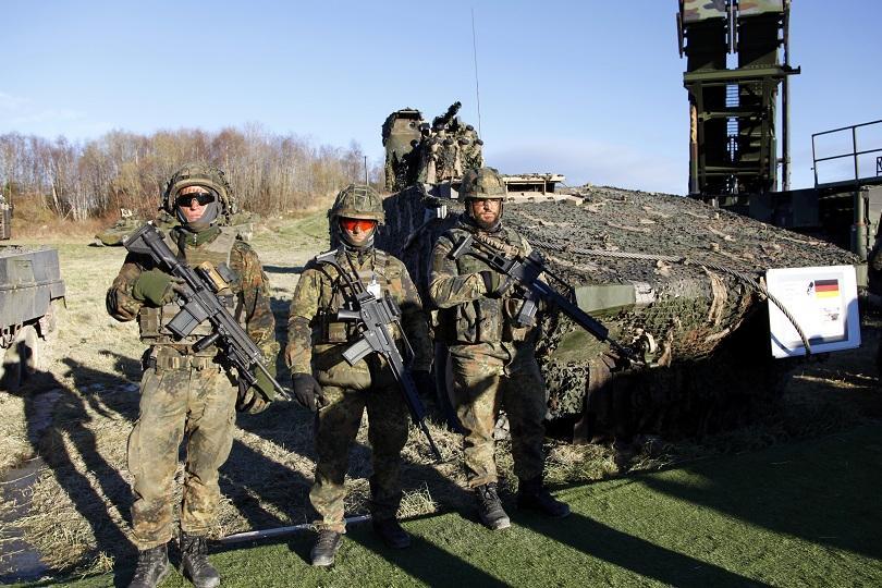 снимка 2 Продължава най-голямото учение на НАТО в Норвегия