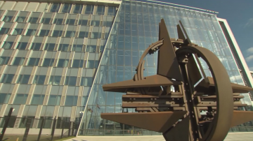 Външните министри на НАТО заседават в Брюксел