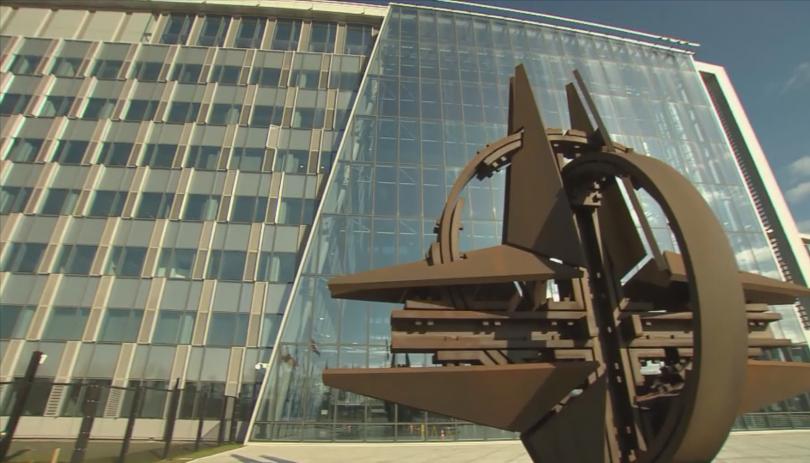 Външните министри на НАТО заседават в Брюксел дни преди лидерската