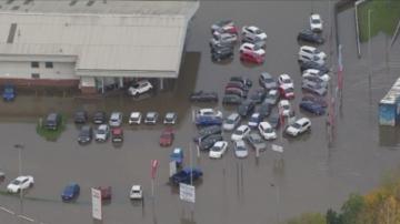 Проливни дъждове предизвикаха наводнения в Северна Англия