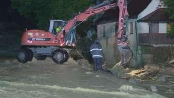 Четирима души загинаха при наводнения в Германия