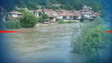 Порои и придошли води на реките в Димитровградско и Велико Търново