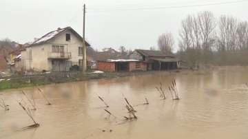 Бедствено положение в част от община Хайредин заради преливане на язовир Рогозен