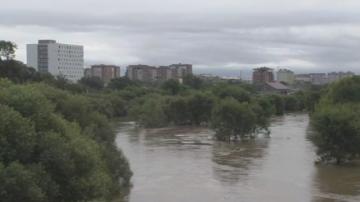 Минусови температури в Чехия, наводнения в Русия