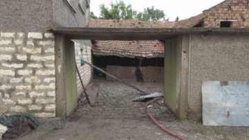 Комисия описва щетите от преливането на язовира край Нова Върбовка