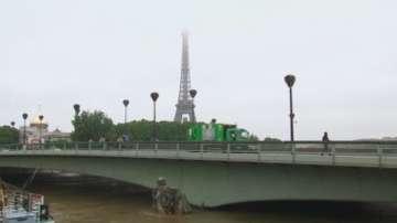 Един милиард евро са щетите след наводненията във Франция