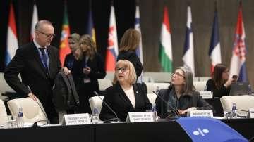 Цачева: Обвързването на еврофондовете с върховенството на закона не е санкция