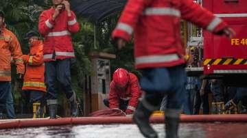 23 загинали и 17 изчезнали при пожар на ферибот в Индонезия