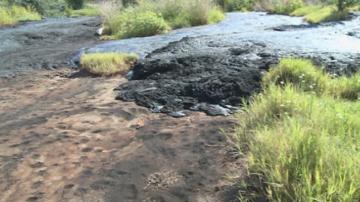 Община Русе разчиства отпадъци от нефтопродукти