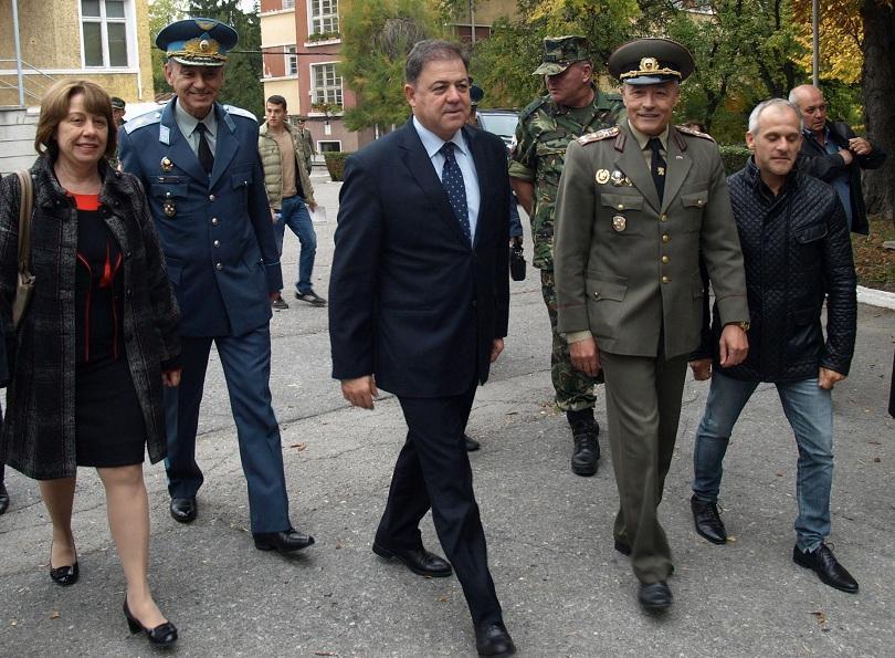 министър ненчев ползите присъствието армията границата големи