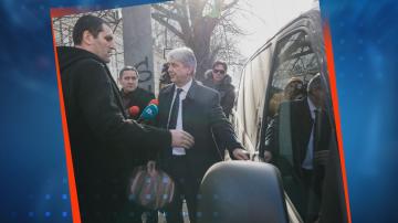 Прокуратурата решава ще повдигне ли обвинение на министър Нено Димов