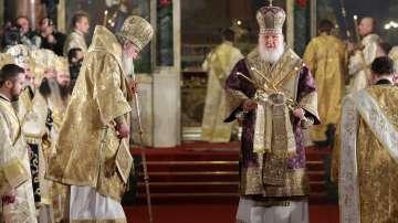 Патриарх Неофит и руският патриарх Кирил отслужиха Съборна Света литургия
