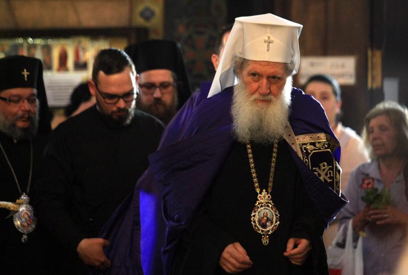 снимка 3 Патриарх Неофит оглави вечерната служба на Разпети петък
