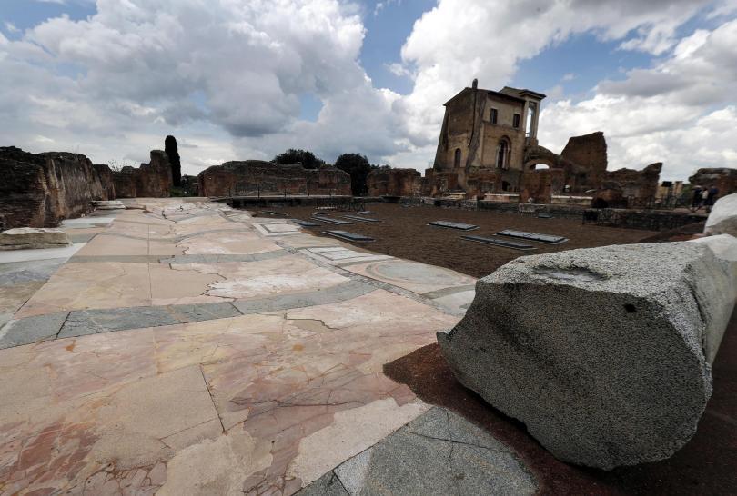 снимка 1 Рим отваря врата към подземния свят на разрушения дворец на Нерон
