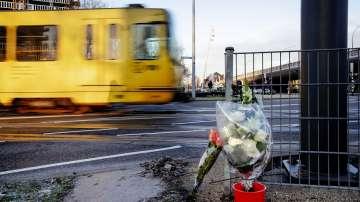 Писмо и други доказателства откриха в колата на стрелеца от Утрехт