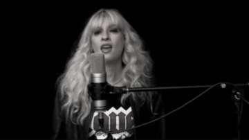 Русенска невроложка стана хит с певческите си умения