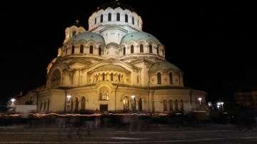 Хиляди посрещнаха Христовото възкресение в катедралата Св. Александър Невски