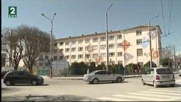 """Ремонтират училище """"Димчо Дебелянов"""" във Варна с европейски средства"""