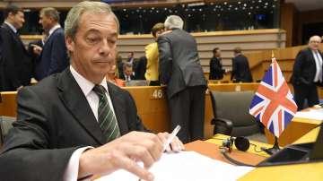 Найджъл Фараж обяви оставката си от лидерския пост на еврофобската партия