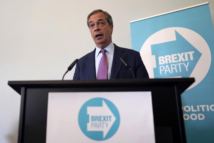 Две седмици преди изборите за европейски парламент, проучвания във Великобритания