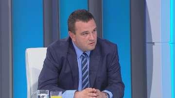 Никола Чанев: Машиналното вдигане на такси в Кърджали не значи по-малко дупки