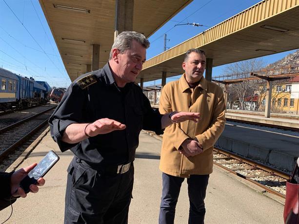 снимка 1 Локомотивът от Хитрино е водил дерайлиралия влак в Пловдив