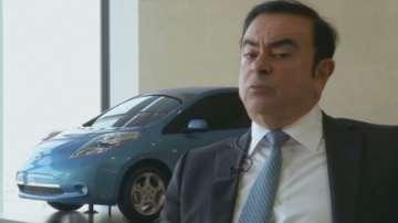 Задържаният за финансови злоупотреби Карлос Гон остава начело Рено