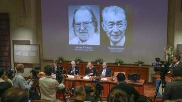Присъдиха Нобеловата награда за медицина за пробив в лечението на рака