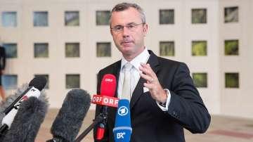 Норберт Хофер е новият председател на Австрийската партия на свободата