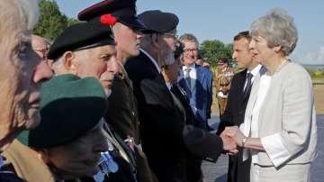 Мей, Макрон и стотици ветерани отбелязаха 75 години от десанта в Нормандия