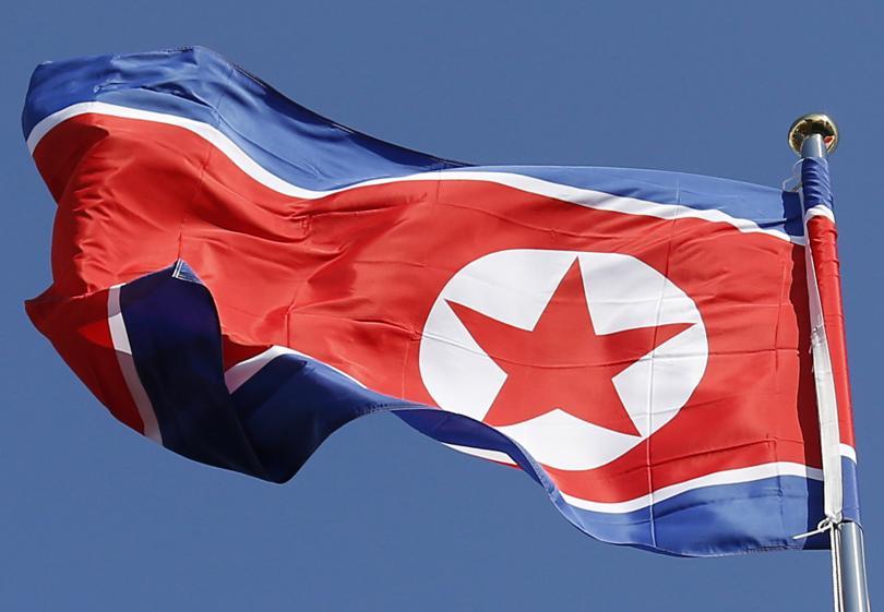 Според южнокорейски вестник, цитиран от Ройтерс, е екзекутиран специалният пратеник