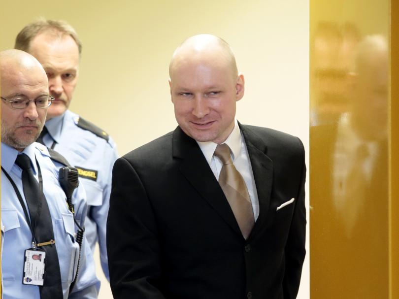 шест години атентата норвежкия остров ютьоя