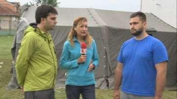 Пред пратеника ни в Скопие: доброволците Андрей Новаков и Георг Георгиев
