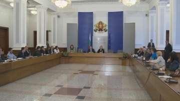 Пламен Орешарски се срещна с представители на граждански и неправителственти организации