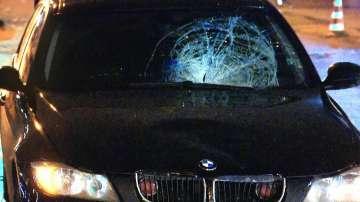 14-годишно момче е с опасност за живота, след като бе блъснато от кола на НСО