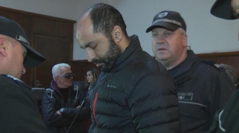 Задържаният по подозрения в тероризъм Науфал Захри е бил високо