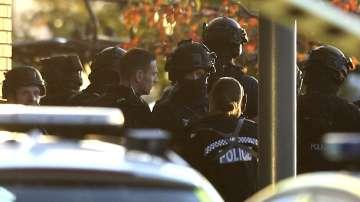 Заложническата ситуация в английския град Нънийтън приключи с арест