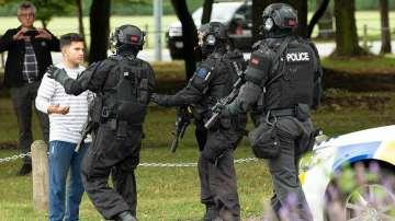 Близо 50 са жертвите при стрелбата в две джамии в Нова Зеландия
