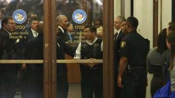 Призоваха Обама за съдебен заседател