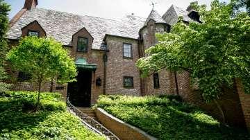 Семейство Обама купи дом за над 8 милиона долара във Вашингтон