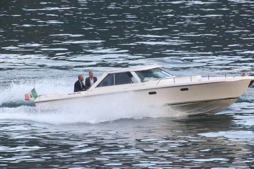 Бившият американски президент Барак Обама и холивудската звезда Джордж Клуни
