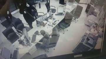 Задържаха двама при опит за въоръжен грабеж в Студентски град
