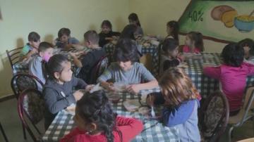 Безплатен топъл обяд за ученици от варненско училище